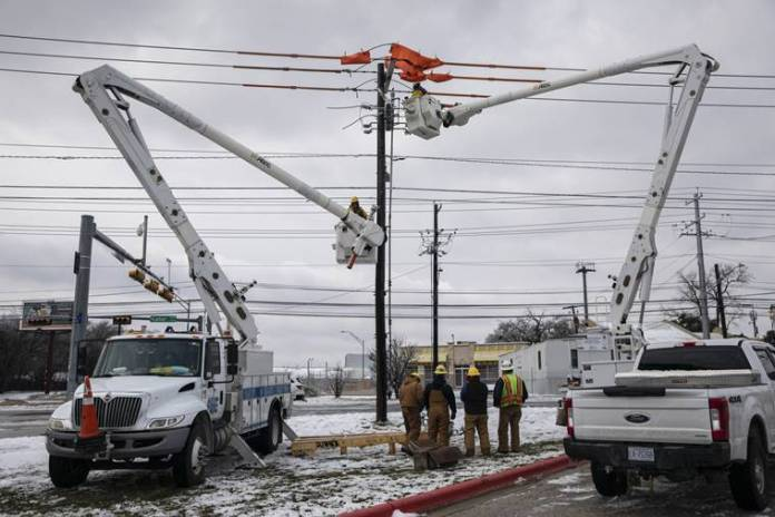 Enormous electric bills come due for Texans who had power during storm