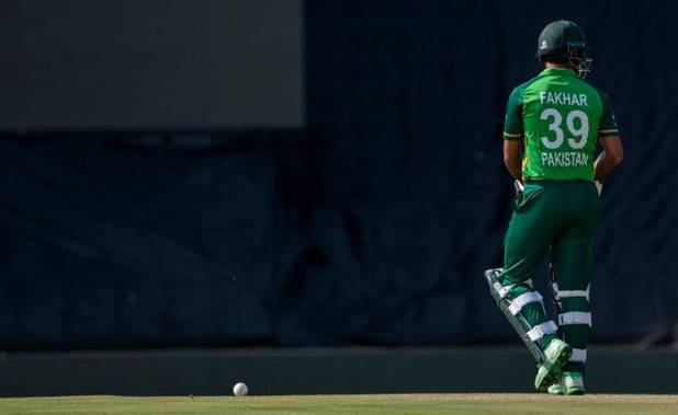 fake field, Fakhar Zaman, Fakhar Zaman is over, Pakistan-South Africa, fake field fine, Quinton de Kock, Indian Express