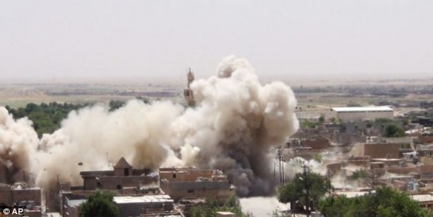 ISIS destroys Iraq s ancient Hatra city: report