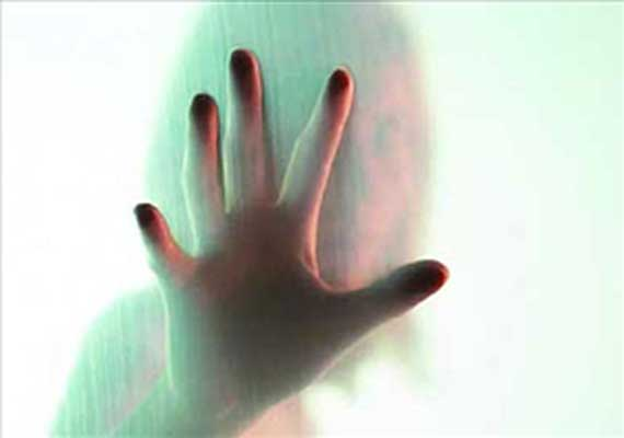 Bengal woman alleges harassment by cop