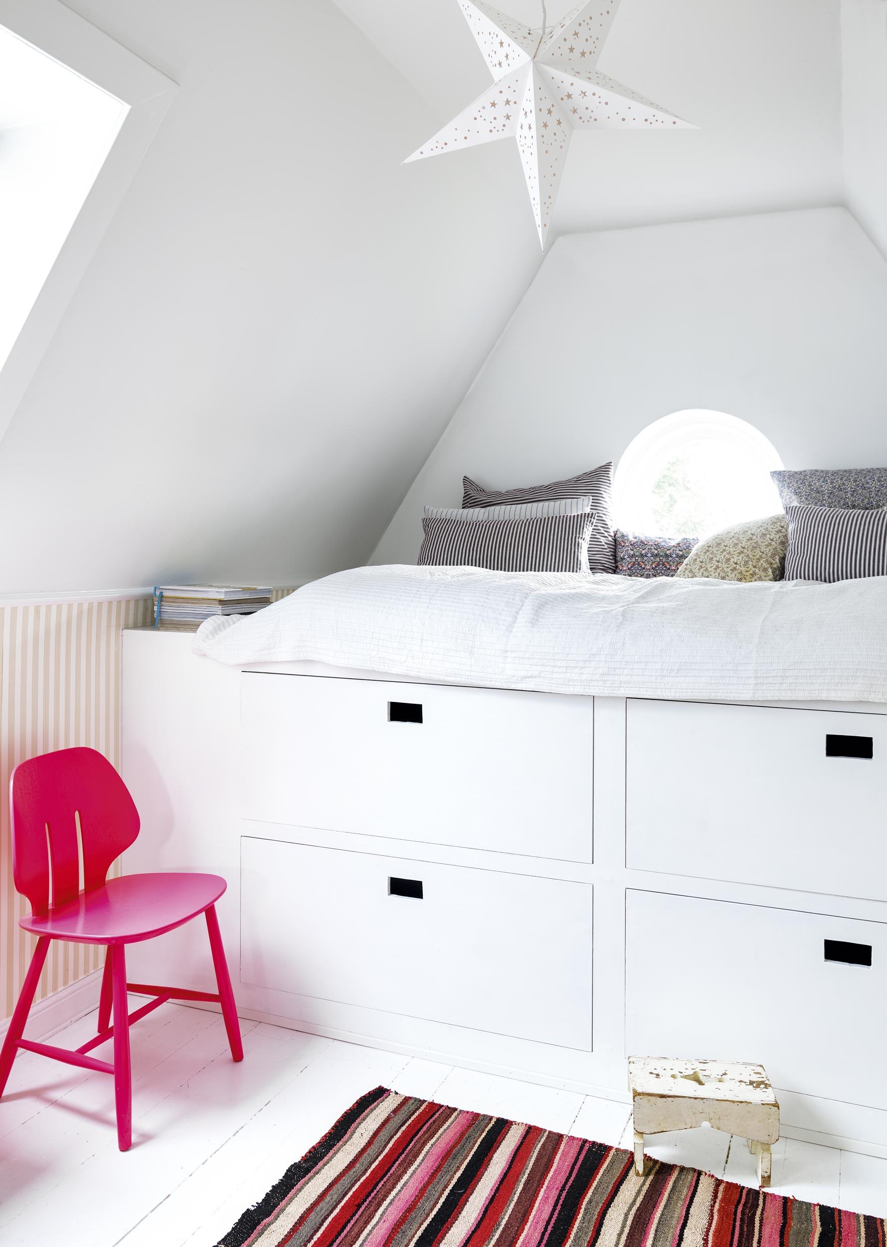 Pæn Ikea Seng Med Skrivebord | Ca 30 Resultater Skrivebord Med Skuffer OI14