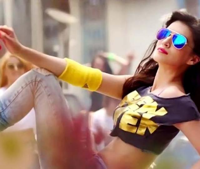 Hot Kriti Sanon In A Still From The Pappi Song