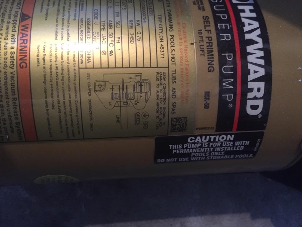 medium resolution of this pic its the motor pump hayward