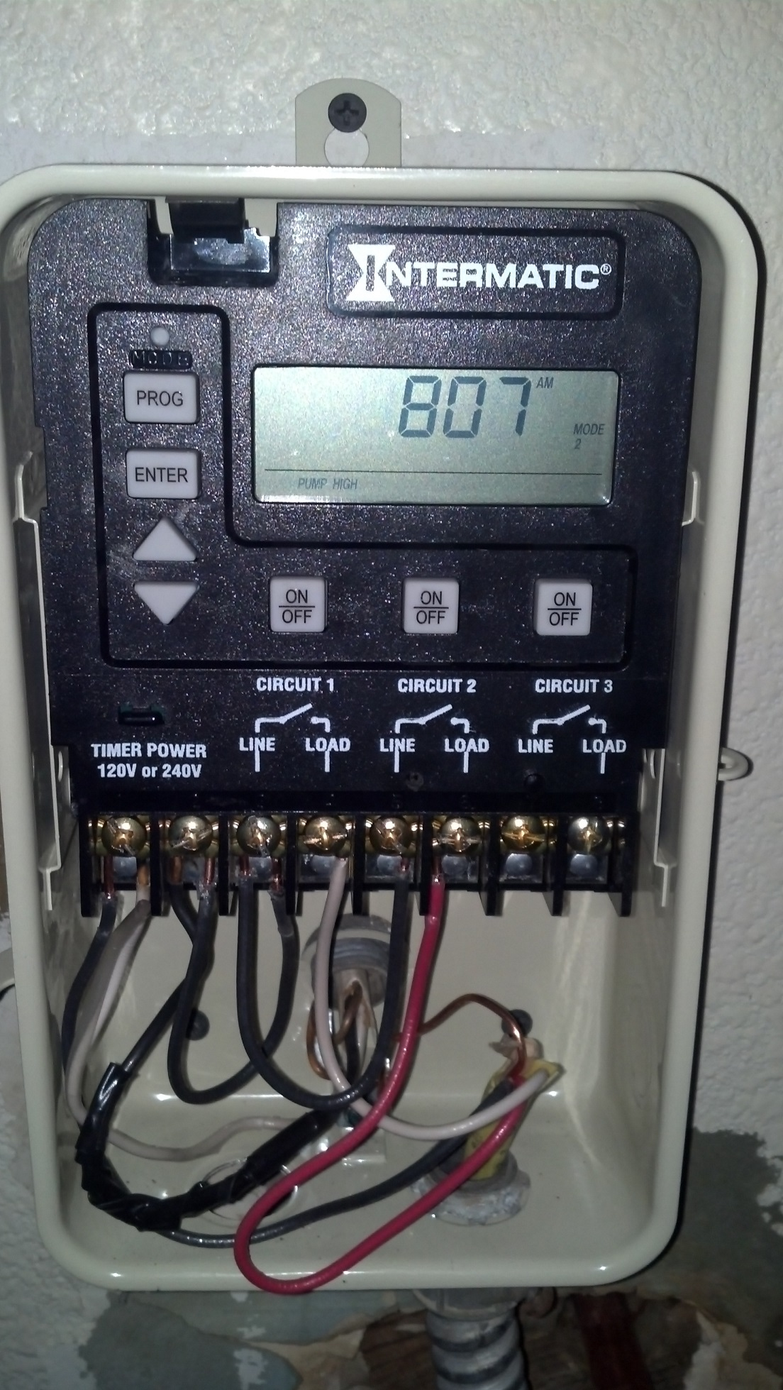 medium resolution of this guide shows you how to wire the basic functions of a pe153 digital timer to a representative 2 speed 240v motor it is fairly simply but it requires an
