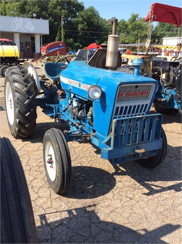 Ford 3000 Tractor For Sale On Craigslist : tractor, craigslist, Tractor, Columbus,, IronSearch