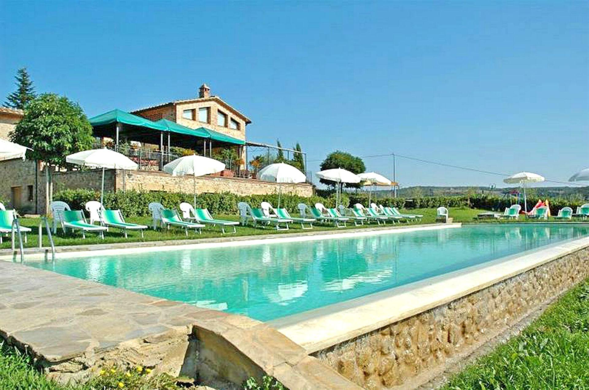 Castelnuovo Berardenga Villa Vacation Rental Rocche Di