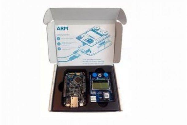 Conçu pour élaborer des objets connectés en lien avec le cloud d'IBM, le mbed IoT Starter Kit d'ARM sortira plus tard en version WiFi et cellulaire.