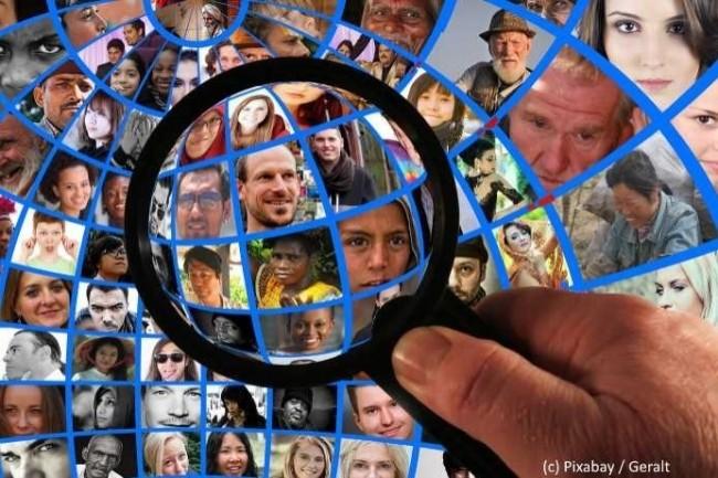 Selon une étude Wavestone, les citoyens s'inquiètent de manière variable selon les pays quant à leur vie privée à l'ère numérique. (Crédit Pixabay)