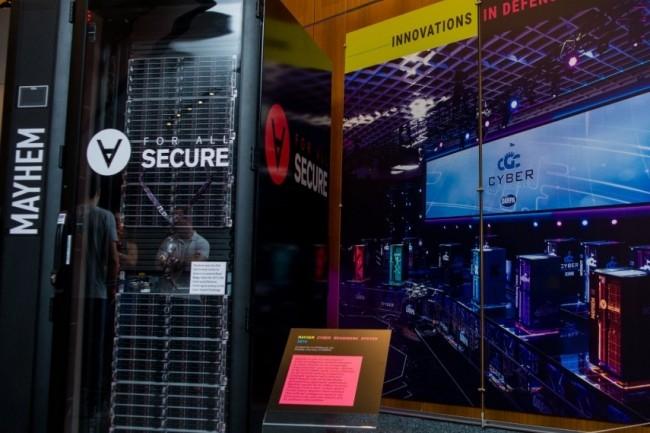 Tournant sur un environnement Linux x86, la technologie d'automatisation d'application de patchs et d'exploits de Mayhem a séduit la Défense américaine. (crédit : ForAllSecure)