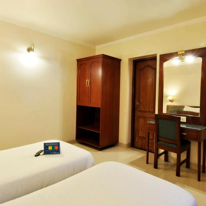 Fabhotel Lotus Koregaon Park Pune Reviews Photos Prices