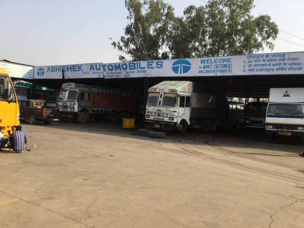medium resolution of car repair services in rewari