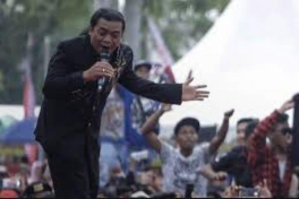 Fans Sobat Ambyar Mengenang Idolanya Didi Kempot