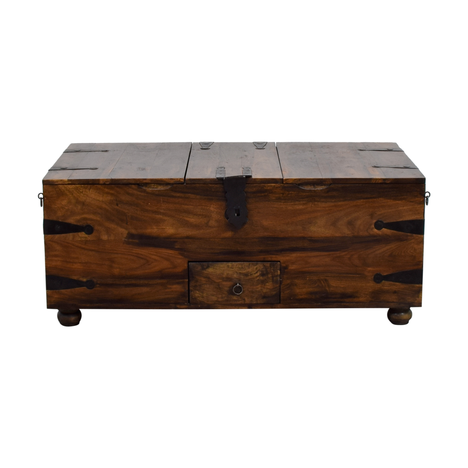 52 off crate barrel crate barrel chest coffee table tables