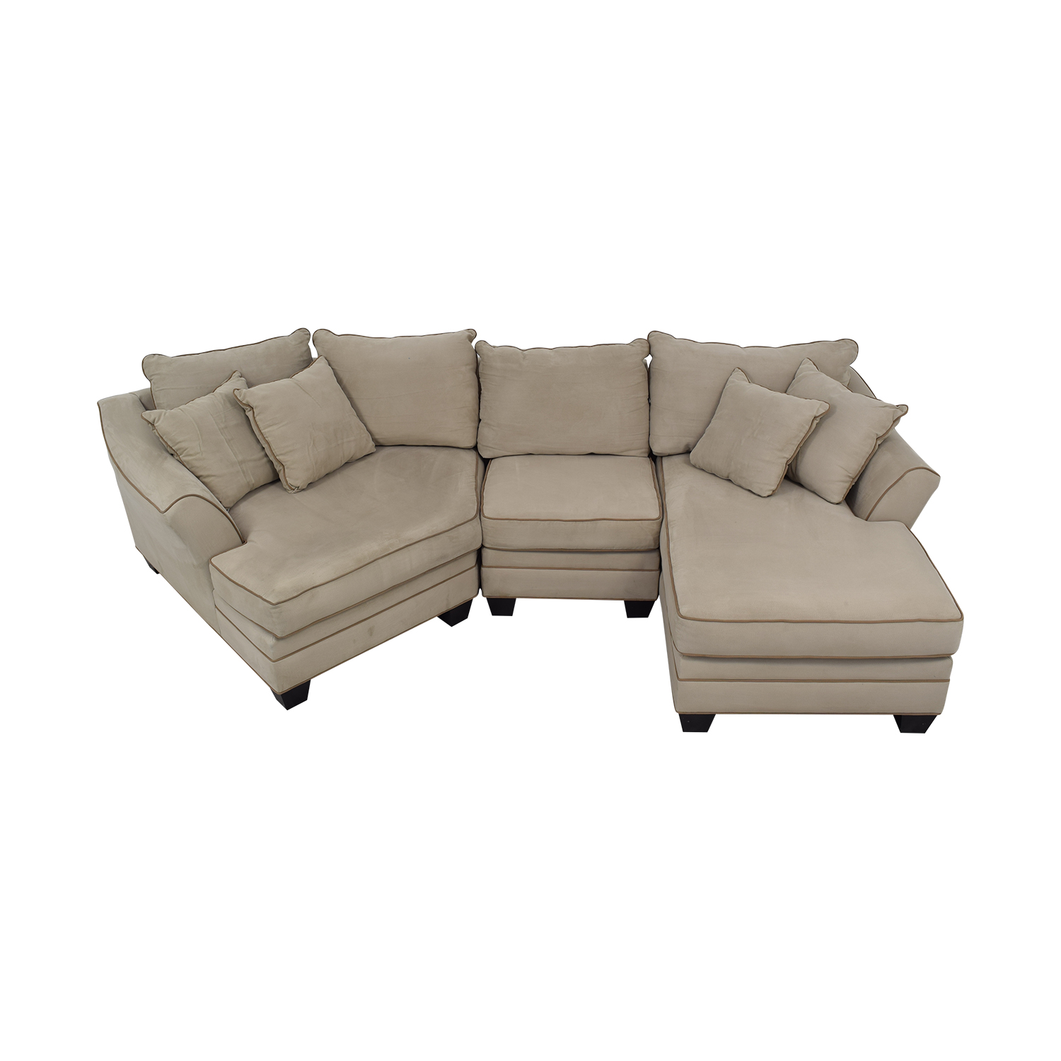 82 off raymour flanigan raymour flanigan foresthill two piece sectional sofa sofas