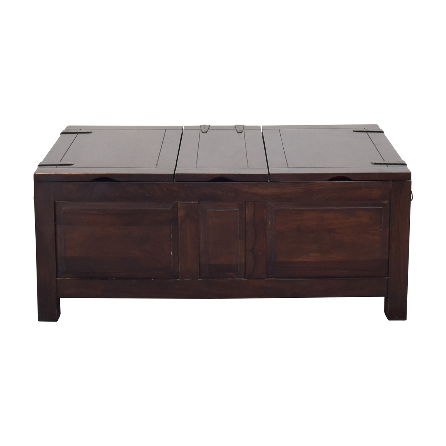 28 off crate barrel crate barrel storage coffee table trunk tables