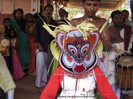 Gulikan Theyyam