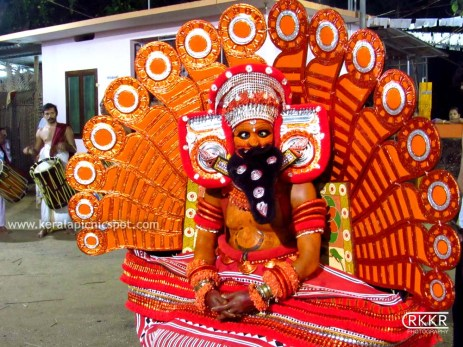 Memundanattu Vettakorumakan Theyyam