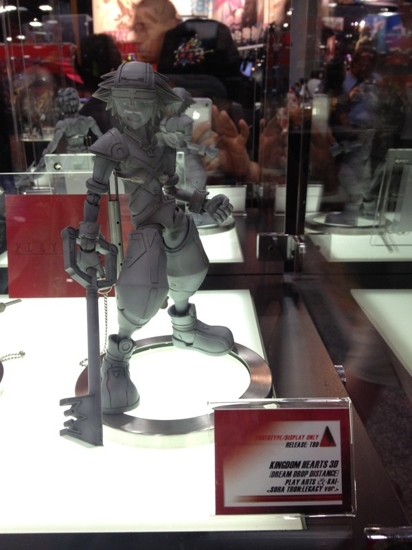 SDCC 2012 Kingdom Hearts 3D Play Arts Kai  Sora  Riku Grid Outfits  News  Kingdom Hearts