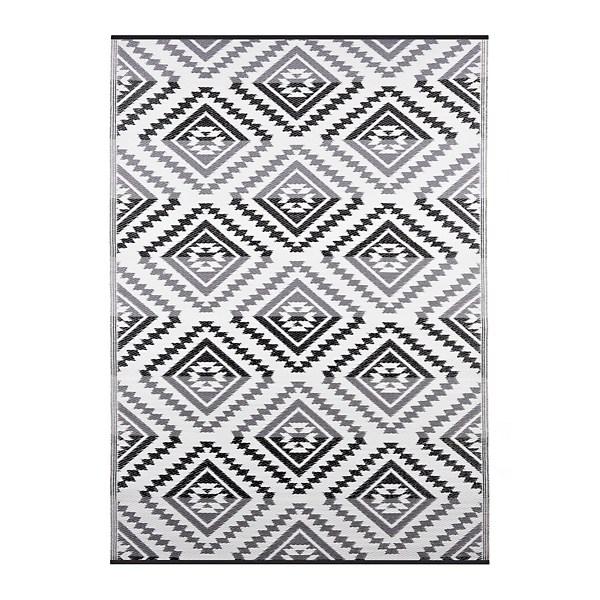 black and white aztec diamonds outdoor rug 5x8