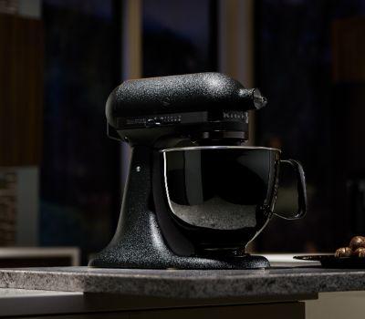 Artisan Black Tie Limited Edition 5 Quart TiltHead Stand