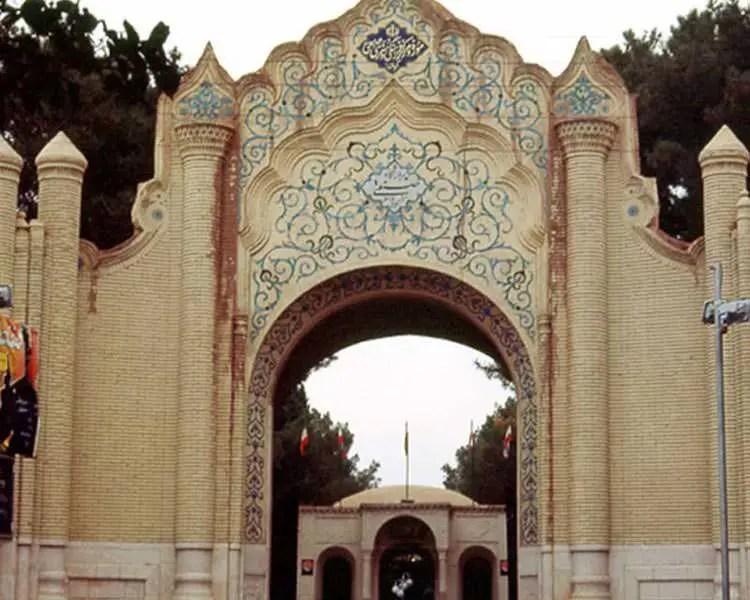 موزه هنرهای معاصر صنعتی کرمان
