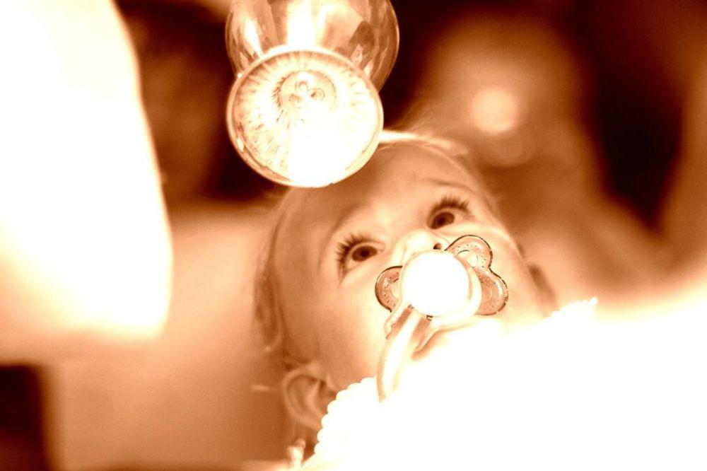 krstenje, sveta tajna, sveca, foto profimedia