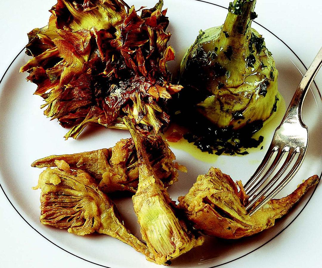 Ricetta Carciofi alla romana alla giudia e fritti  La Cucina Italiana