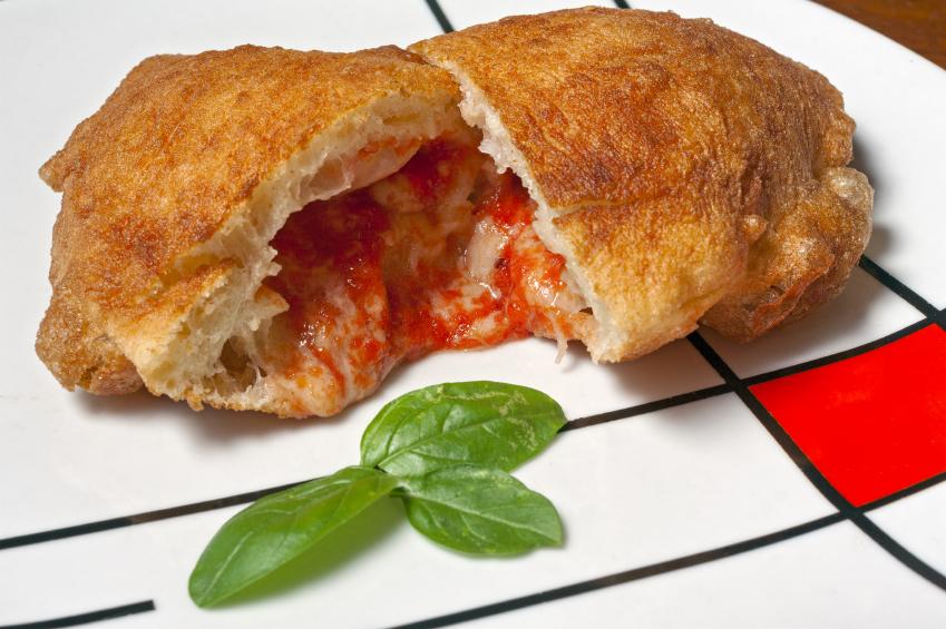 Panzerotto barese sapori del territorio fritti e al forno  La Cucina Italiana