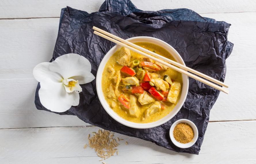 Come cucinare il pollo al curry perfetto i consigli dellindiano  Le ricette de La Cucina Italiana