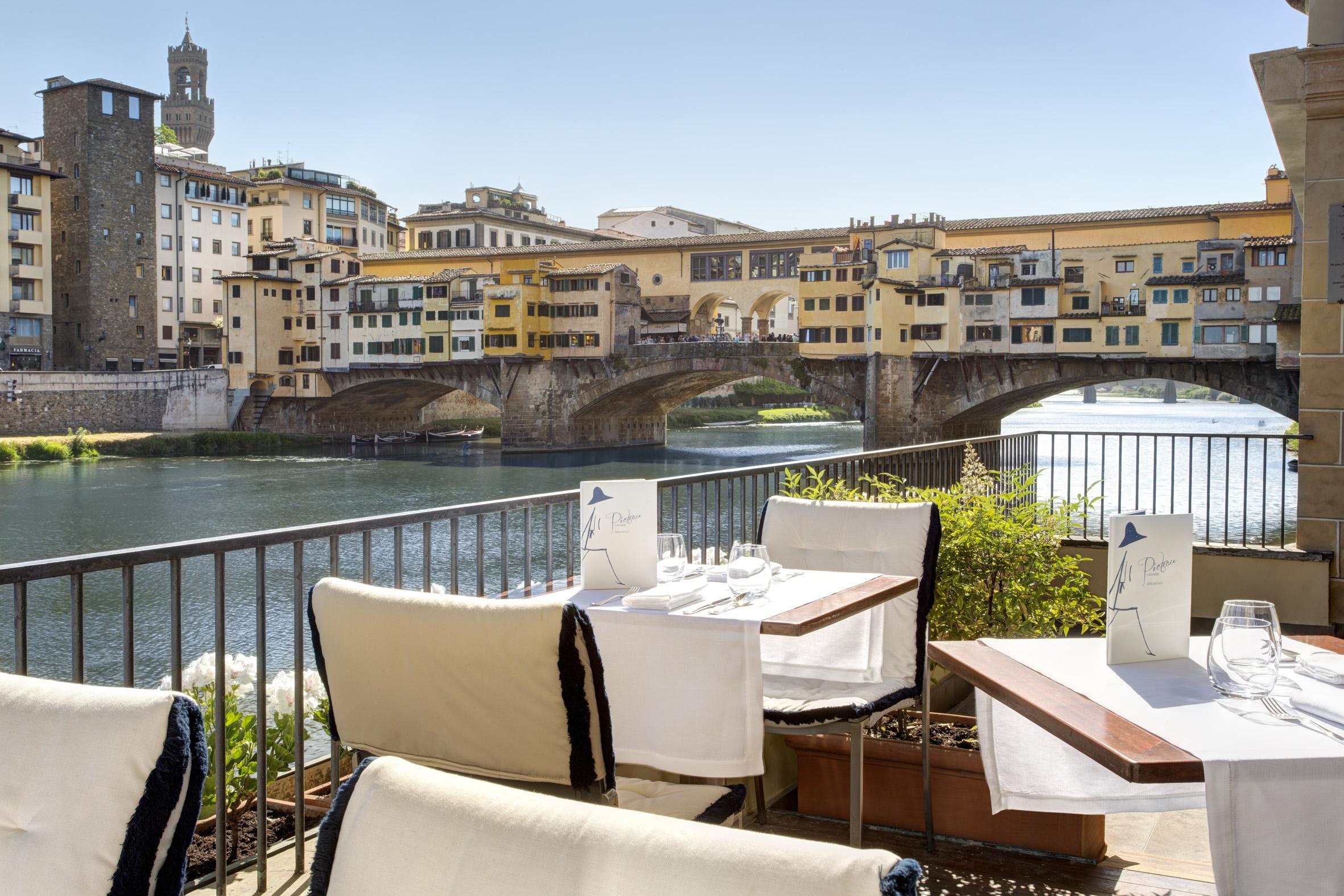Aperitivo allaperto a Firenze  La Cucina italiana