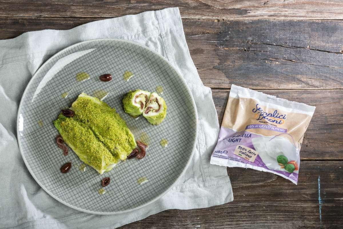 Ricetta Involtini di verza con mozzarella olive e acciughe  La Cucina Italiana