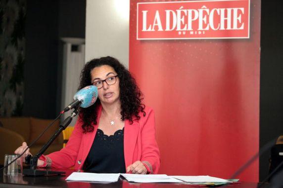 Estelle Hemmami, du collectif TEMS, lors du débat du second tour le 17 juin 2020.