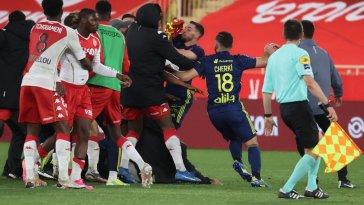 VIDEO. Ligue 1 : Monaco – Lyon (2-3), un match spectaculaire et une bagarre générale