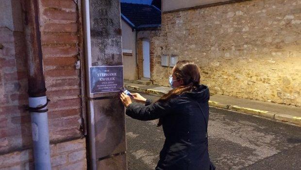 Les féministes du collectif NousToutes82 ont rebaptisé les noms des rues de Montauban, ce dimanche matin.