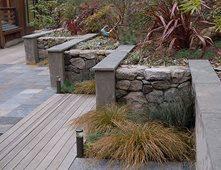 Paredes Jardim, Materiais, pedra, estuque da parede de retenção e Paisagem Landscape Architecture Huettl Walnut Creek, CA