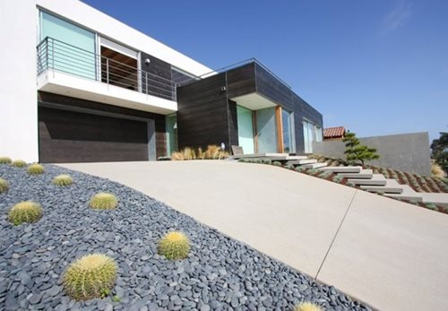 Driveway Driveway moderna Grounded - Arquitectura Paisagista moderno e Planejamento Encinitas, CA