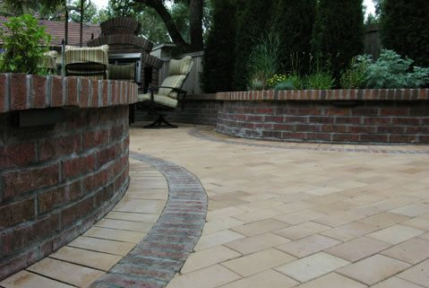 paving materials yard and garden