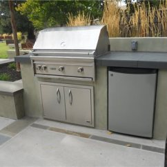 Grill For Outdoor Kitchen Miami Cabinets Cost Landscaping Network Stainless Steel Refrigerator Appliances