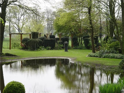 large yard landscaping ideas