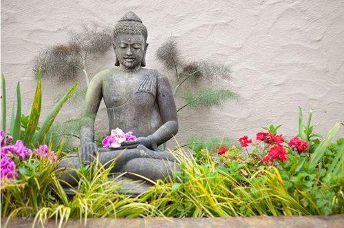 garden sculpture ideas - landscaping