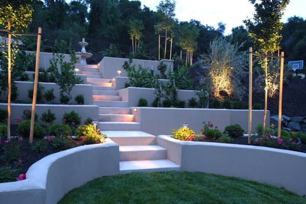 retaining and landscape wall
