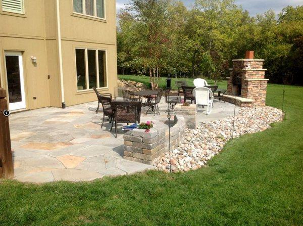 backyard landscaping - lees summit