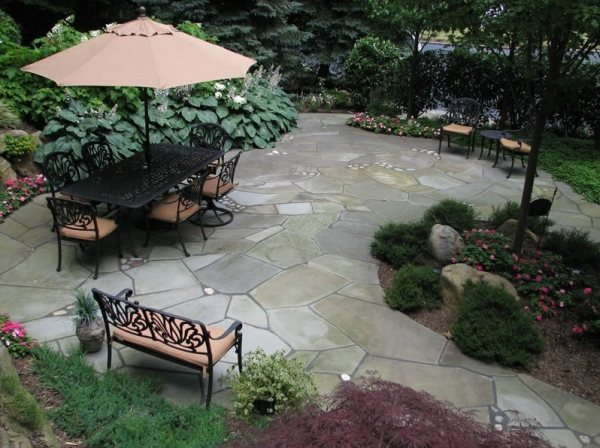flagstone patio - stony brook