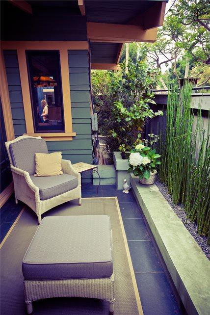 small yard landscaping - calimesa