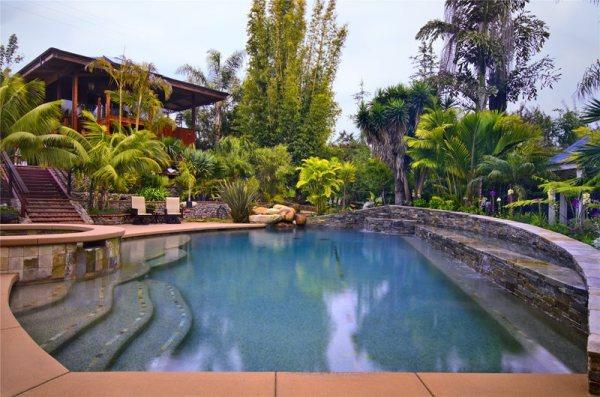 swimming pool - calimesa ca