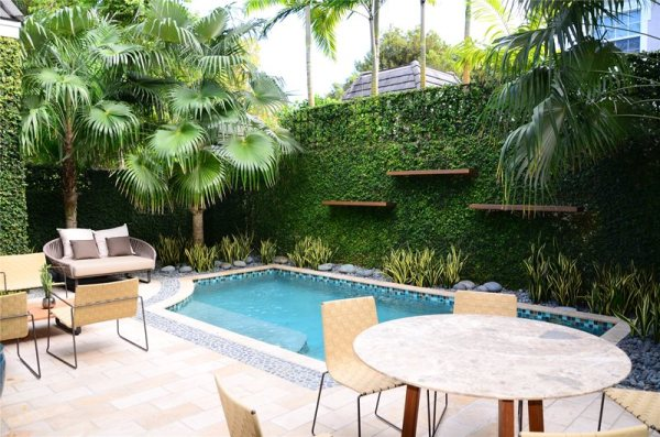 swimming pool - miami fl