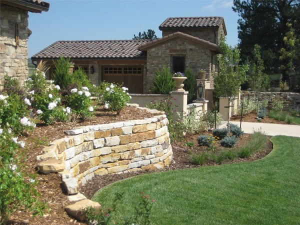 retaining wall design - landscaping