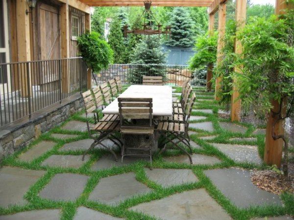 flagstone patio - benefits cost