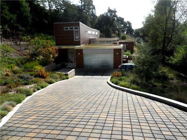 driveway drainage solutions - landscaping