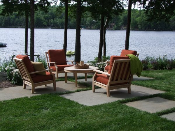 small patio design - landscaping
